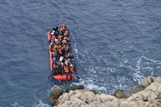 Pri pobreží Kanárskych ostrovov sa utopili najmenej traja migranti