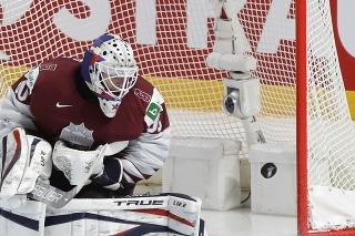 Lotyšský hokejový brankár Matiss Kivlenieks zomrel v nedeľu vo veku 24 rokov pri tragickej nehode.
