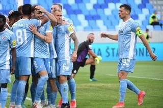 gólová radosť hráčov Slovana počas zápasu 1. predkola Ligy majstrov