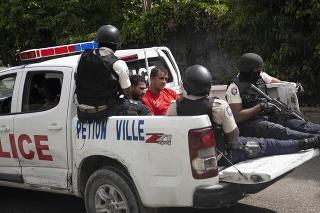 Polícia obkľúčila skupinu možných páchateľov atentátu na prezidenta.