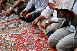 Lamenting muslims in mosque