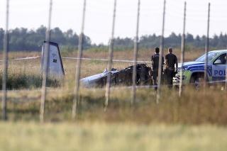 Lietadlo sa vo štvrtok zrútilo neďaleko letiska vo švédskom meste Örebro.