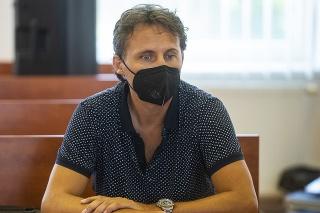 Ľudovít Makó potvrdil, že odovzdal Dušanovi K. odmenu 50.000 eur.