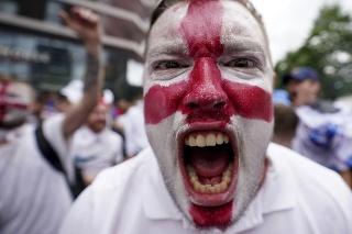 Anglický fanúšik pred finále ME.