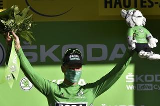 Peter Sagan v zelenom drese.
