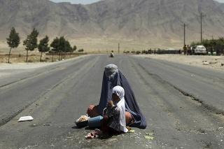 EÚ zmobilizuje 25 miliónov eur na boj proti hladu v Afganistane.