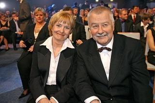Jeho láskou bola manželka Jaroslava.