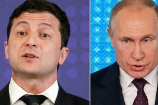 Ukrajinský prezident Volodymyr Zelenskyj (vľavo) a ruský prezident Vladimir Putin.