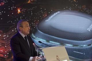 Prezident španielskeho futbalového veľkoklubu Real Madrid Florentino Pérez .