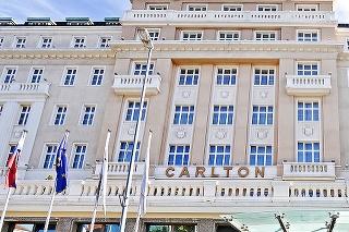 Hotel sa nachádza v samotnom srdci historického centra mesta.