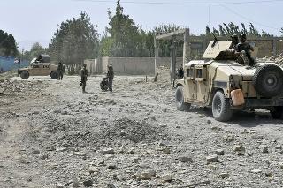 Tím afganskej vlády a Taliban sa stretli, chcú urýchliť mierové rozhovory.