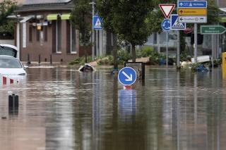 Nemecké mesto hlási 1300 nezvestných; zrejme však pre výpadky mobilných sietí.