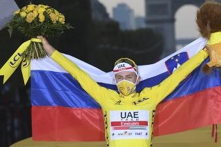 Pogačarov žltý dres vydražili za takmer 50-tisíc eur.