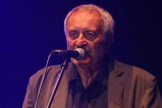Milan Lasica zaspieval na Pohode Müllerov hit Milovanie v daždi.