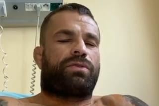 Český MMA zápasník Karlos Vémola (36) má za sebou operáciu odtrhnutého tricepsu.