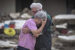V okrese Ahrweiler stúpol počet obetí povodní na najmenej 123.