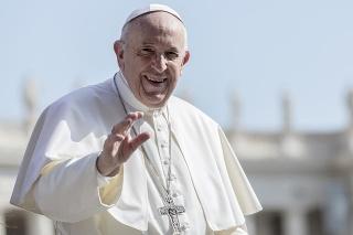 Pápež príde