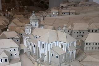 K Banskoštiavnickému betlehemu Petra Chovana by mala na jeseň pribudnúť ďalšia atrakcia - veľkorozmerná maketa Banskej Štiavnice (na snímke).
