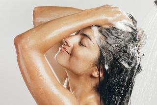 Poškodený vlas  šampónom neopravíte.