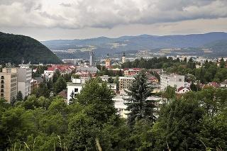 2021 - Historickú a aktuálnu podobizeň spája pohľad na mestský hrad.