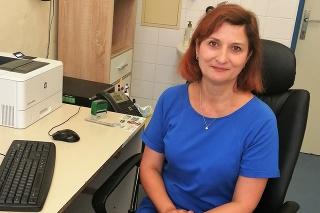 Anna Forgáčová, ktorá bola v časoch najväčšej pandemickej krízynielen nosnou lekárkou, ale taktiež aj odbornou a morálnou oporou Covid oddelenia Nemocnie AGEL Levice.