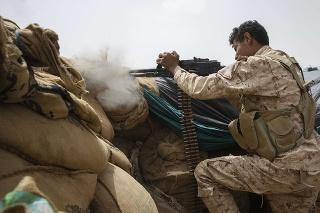 Boje medzi jemenskými vládnymi silami a povstalcami tzv. húsíjmi o strategicky dôležité mesto Marib sa obnovili.