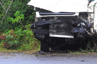 vehicle badly damaged beyond repair in accident