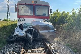 Zrážka s vlakom sa skončila tragicky.