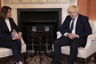 Johnson vyjadril podporu Cichanovskej a Bielorusku.