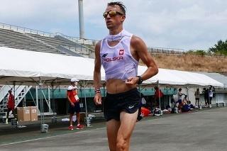 Poľský maratónec Marcin Chabowski.