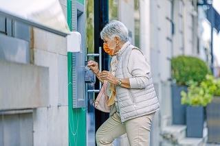 Jednorazové prilepšenie dostane každý poberateľ niektorého typu dôchodku.