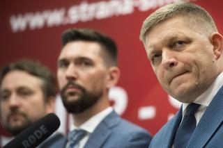 Sprava: Staronový predseda SMERu-SD Robert Fico a noví podpredsedovia SMERu-SD Richard Takáč a Ľuboš Blaha.