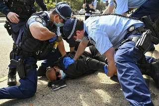 Protesty sa konali vo viacerých austrálskych mestách po celej krajine.