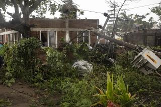 Hurikán Grace si na východe krajiny vyžiadal najmenej sedem obetí