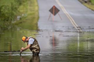 Tennessee: Záplavy si vyžiadali aj obete na životoch.