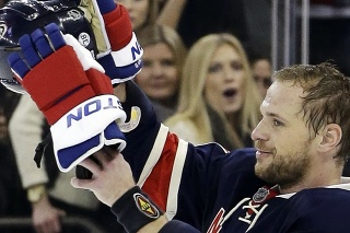 Slovenský hokejový útočník Marián Gáborík hrával štyri sezóny v New York Rangers a zaspomínal si na legendu tohto klubu Roda Gilberta († 80).