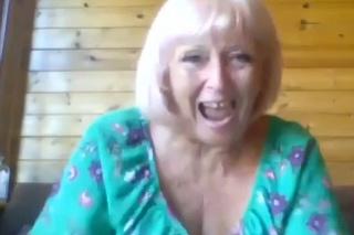 Keď Susan vyhrala prvú tisícku, spočiatku si myslela, že si znej niekto strieľa.