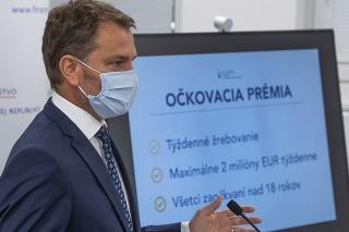 Podpredseda vlády a minister financií SR Igor Matovič (OĽaNO) počas tlačovej konferencie k podpore očkovania proti Covid-19 v Bratislave