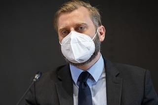 Predseda Výboru NR SR pre obranu a bezpečnosť Juraj Krúpa (OĽaNO)