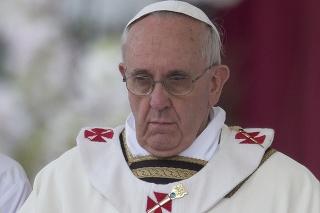 Pápež František celebroval omšu na veľkonočnú nedeľu.