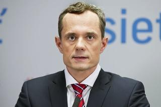 Právnik Radoslav Procházka hovorí, že hygiena ide za hranicu.