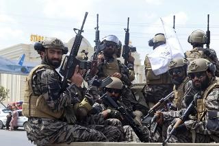 Taliban a jeho stúpenci oslavovali v Kandaháre odchod Američanov.