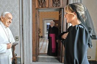 Prijal pozvanie: Pápež František príde vseptembri na Slovensko po tom, čo ho pozvala prezidentka vo Vatikáne.