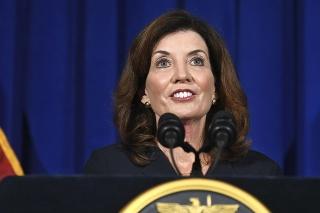 Guvernérka amerického štátu New York Kathy Hochulová.