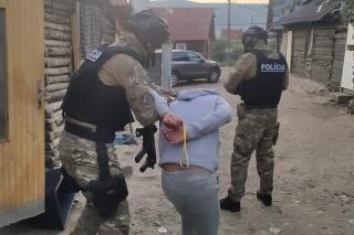 Polícia v rámci akcie Most rozložila organizovanú skupinu prevádzačov.