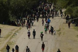 Migranti z Haiti smerujú vo veľkom počte do USA z Južnej Ameriky už niekoľko rokov.
