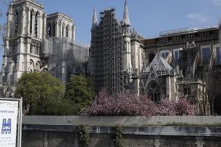 Parížska katedrála Notre-Dame je pripravená na reštaurátorské práce.