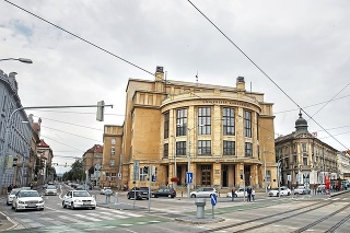 Univerzita Komenského návrh kritizuje.
