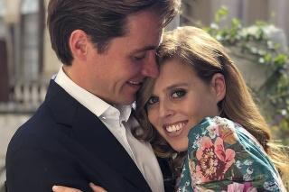 Princezná Beatrice a Edoardo oznámili zásnuby po výlete v Taliansku.