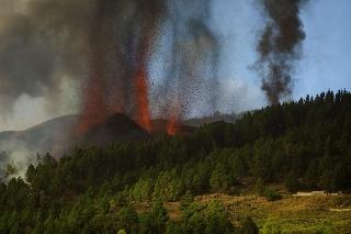 Erupcia sopky La Cumbre Vieja na španielskom ostrove La Palma